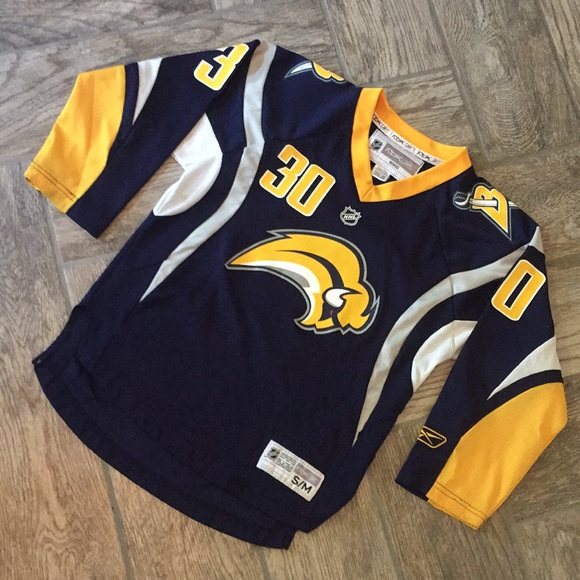 Reebok Buffalo Sabres Ryan Miller Hockey Jersey. M 5b4cfedc3e0caa75143334d5 170e170e13b